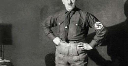 Livro afirma que Hitler tinha pinto pequeno e deformado