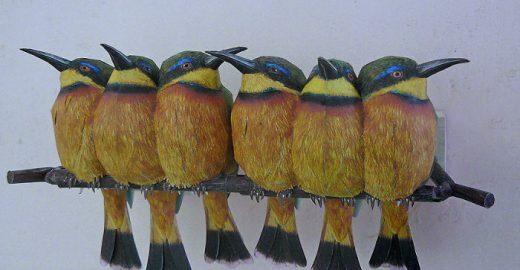 Artista holandês usa papel e aquarela para criar pássaros realistas