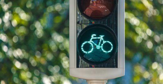 Semáforos na Dinamarca vão detectar e priorizar ciclistas