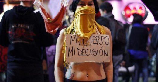 Deputados do Chile aprovam descriminalização do aborto em caso de estupro