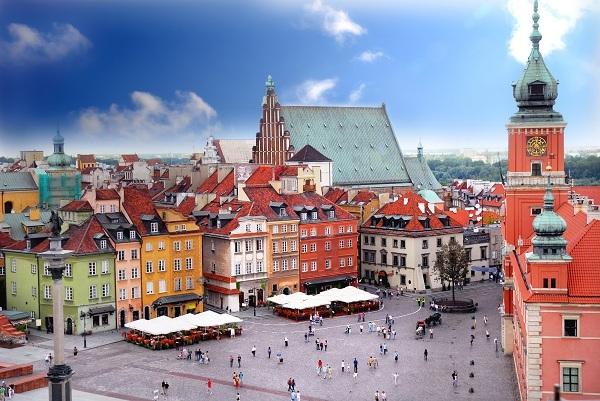 Resultado de imagem para varsóvia polonia