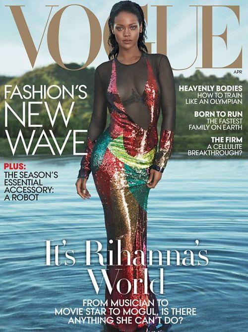 """Rihanna é capa da """"Vogue"""" de abril"""