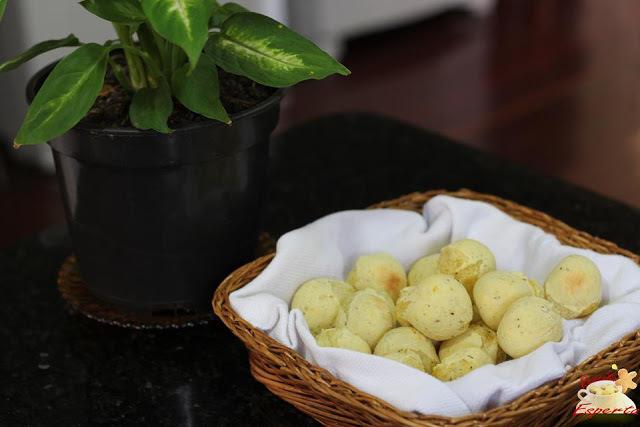 Gostoso e saudável: pãezinhos de mandioquinha (falso pão de queijo)