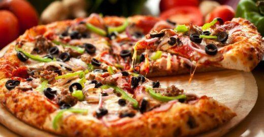 Festa ocupa a rua para celebrar a culinária italiana