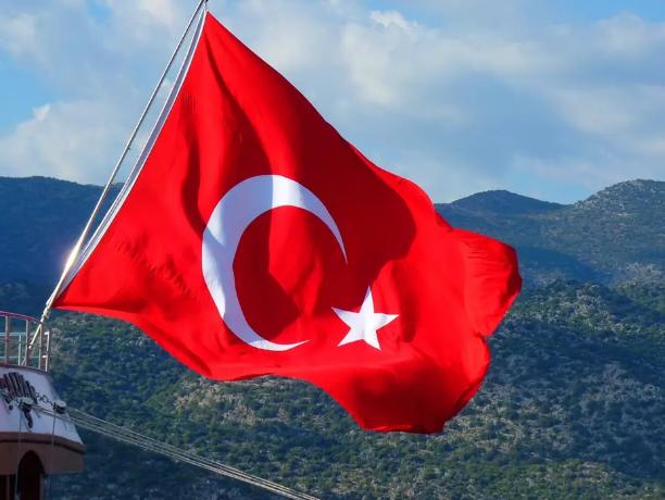 """A violência da homofobia e transfobia na Turquia: """"Deus é Grande"""""""