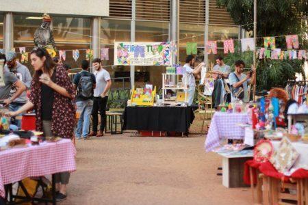 A Feira de Tudo acontece toda segunda sexta-feira do mês, sempre com feirantes, colaboradores e produtos diferentes