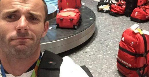 Atletas olímpicos britânicos passam por 'sufoco' em aeroporto