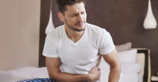 Veja 7 sintomas alarmantes de dores abdominais
