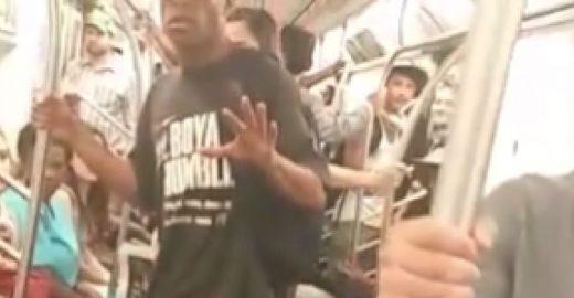 Veja a reação desta mulher ao ver homem se masturbando no metrô