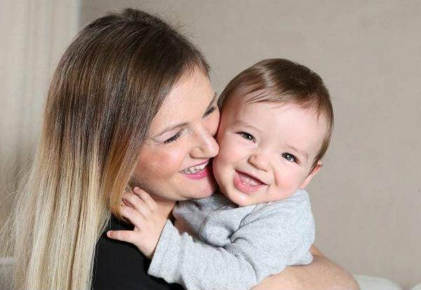 Sarah conseguiu enxergar seu filho com perfeição por poucos dias
