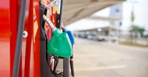 7 aplicativos para economizar no combustível do carro