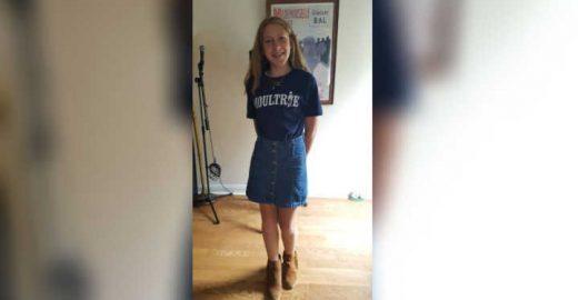 Aluna de 12 anos é repreendida por usar saia 'muito curta'