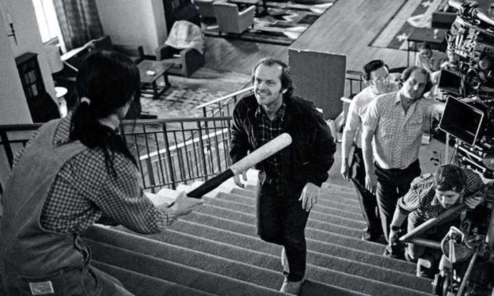"""Shelley Duvall e Jack Nicholson durante a gravação de uma das cenas de """"O Iluminado"""" (1980)"""