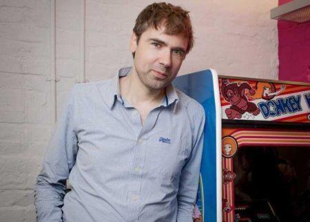 autor britânico Keith Stuart