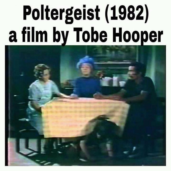 Poltergeist, cópia de Chaves dirigida por Tobe Hooper