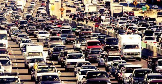 Mortes no trânsito diminuem 3 vezes mais em SP