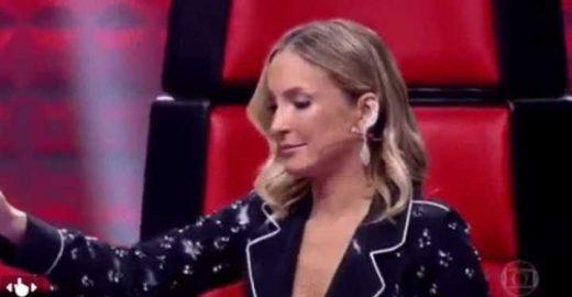Claudia Leitte leva fora (de novo) no The Voice e fica sem graça