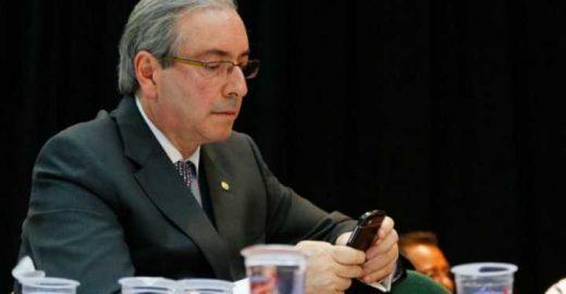 PMDB exclui Cunha do grupo do Whatsapp por motivo bem inteligente