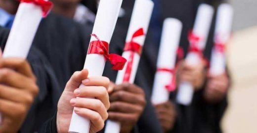 Você é contra ou a favor de TCC para garantir o diploma?