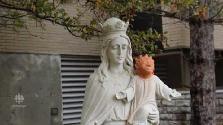 A cabeça de Jesus foi feita em argila