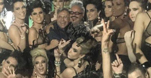 Ronaldo Fraga faz desfile com modelos trans: