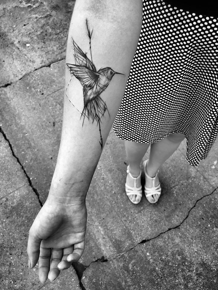 20 tatuagens de aves para te inspirar - Oiseau mouche dessin ...