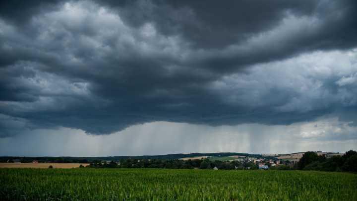 O objetivo do projeto é reduzir o número de mortes causadas na ocorrência de tempestades