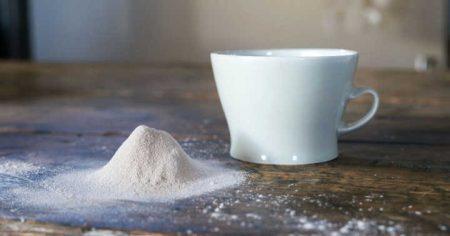 28-ashs-mug-5819324a8cc2d__880