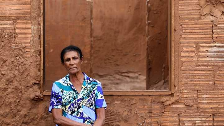 Dona Geralda perdeu a casa, móveis, animais e toda a história de uma vida em Gesteira