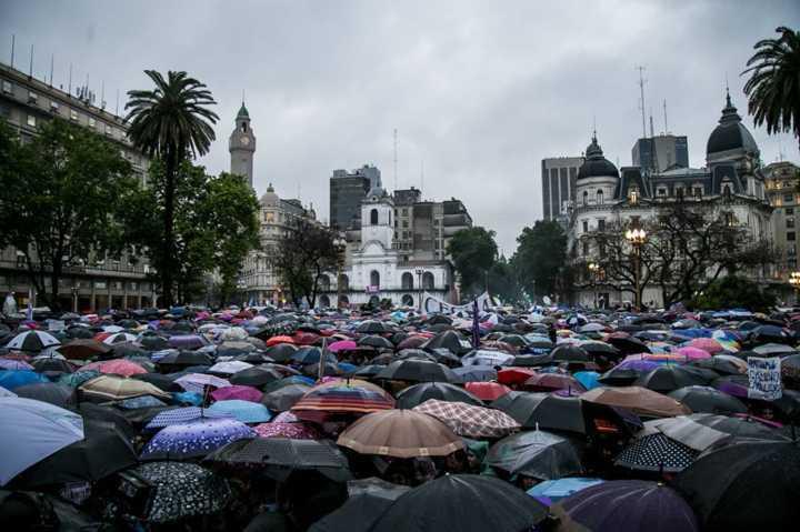 Feminicídio gera protestos na Argentina