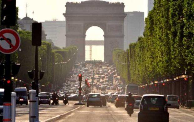 Para combater a poluição, carros à diesel serão banidos dos centros das cidades