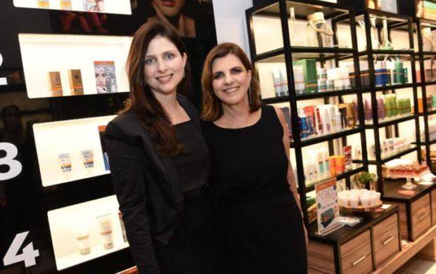 Lisabeth e a filha Ilana Braun, que hoje ocupa o cargo de CEO na empresa