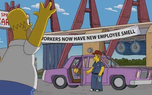 O famoso carro rosa dos Simpsons. Mistério de quase 30 anos finalmente revelado.