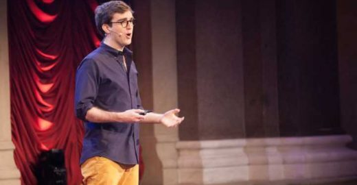 Jovem dá aula de oratória no TED mesmo sem ter nada a dizer