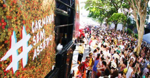 Campanha #CarnavalSemAssédio leva debate a blocos e redes sociais