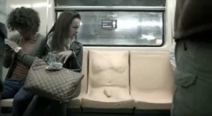Resultado de imagem para Campanha contra abusos sexuais no metrô coloca pênis em assento
