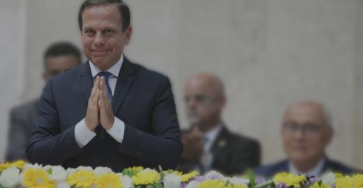 Eleito em São Paulo, Doria cita união com Bolsonaro em discurso