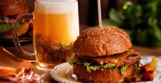 App especializado em happy hour oferece descontos em bares