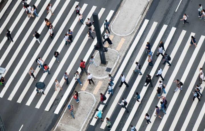 97,8% dos idosos da capital paulista não conseguem caminhar a 4,3 km/h