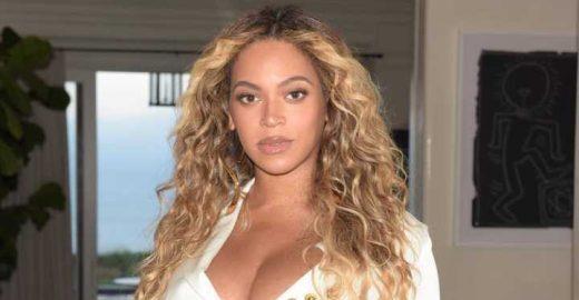 Beyoncé chama atenção com bolsa caríssima e design inusitado