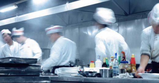 Mais de 100 vagas em restaurantes para candidatos sem experiência