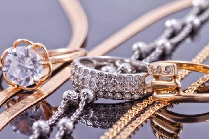 bac77cd2555 5 lojas da Rua do Ouro que vendem joias pela internet