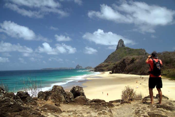 Cacimba do Padre, uma das praias do Ilha Tour, em Fernando de Noronha