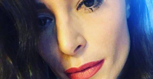Suposta namorada do pai de Neymar é atacada na web e responde