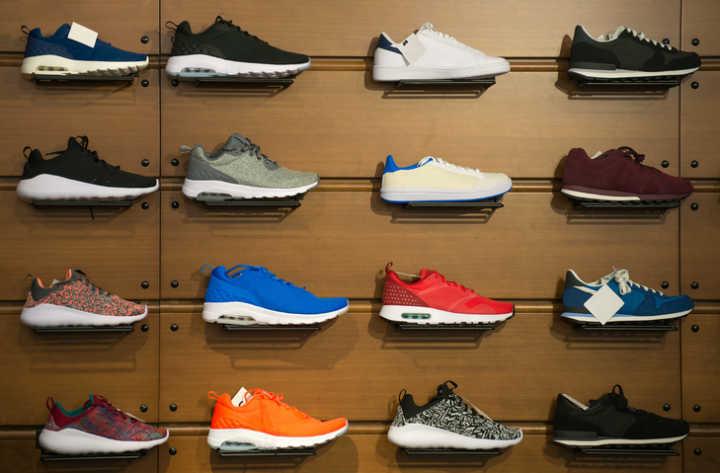 961f644856c Roupas e calçados da Nike tem até 70% OFF em outlet virtual