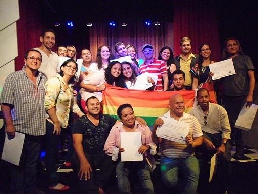 Programa já atendeu   164 pessoas LGBT em situação de vulnerabilidade na região metropolitana do Rio de Janeiro, oferecendo qualificação profissional nas áreas de gastronomia, hotelaria e moda