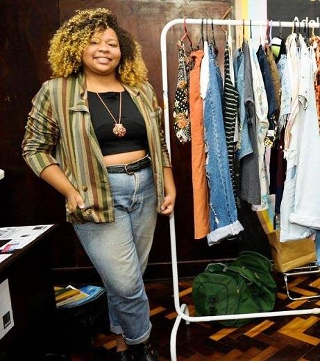 Yasmin Falcão é empreendedora e uma das idealizadoras do BAZAR DAYA, onde procura trazer um pouco do slow fashion para o cotidiano de cada pessoa BAZAR DAYA, onde procura trazer um pouco do slow fashion para o cotidiano de cada pessoa.