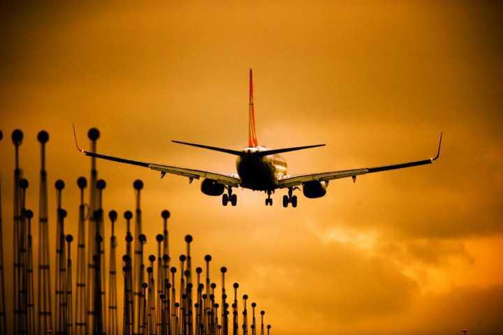 439cc98ebf3 Horários de voos com origem de locais que não participam do horário de  verão serão alterados