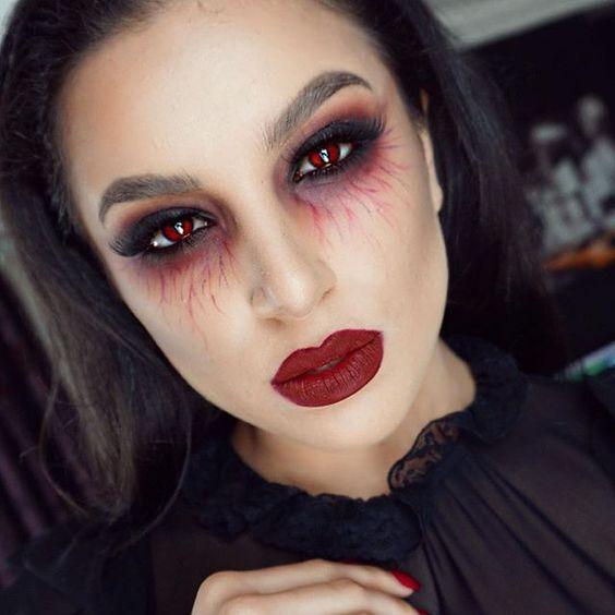 Maquiagem para halloween zumbi feminina