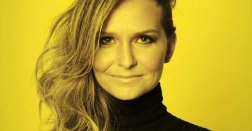 Fernanda Rodrigues muda visual e fica loiríssima para novela